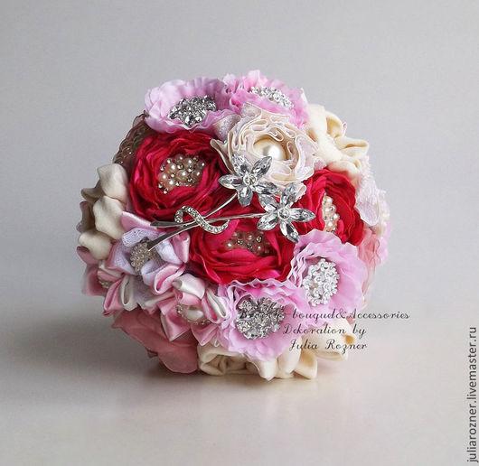 """Свадебные цветы ручной работы. Ярмарка Мастеров - ручная работа. Купить Брошь букет """" Розовый фламинго"""". Handmade. Розовый"""