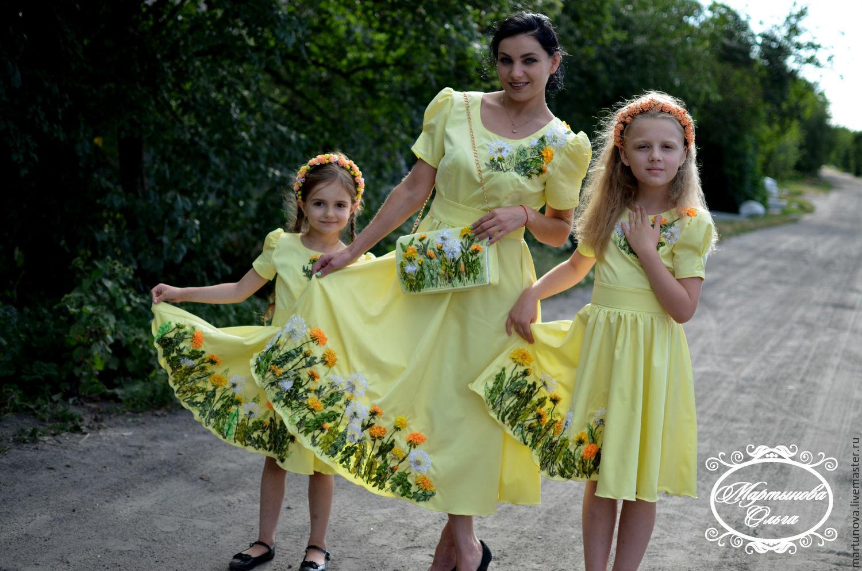 Платье с лентой для девочки