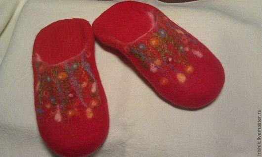 """Обувь ручной работы. Ярмарка Мастеров - ручная работа. Купить Тапочки женские домашние """" Просто Красные"""". Handmade."""