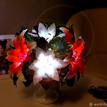 """Для дома и интерьера ручной работы. Ярмарка Мастеров - ручная работа Букет-светильник лилии """"Кокетка"""". Handmade."""