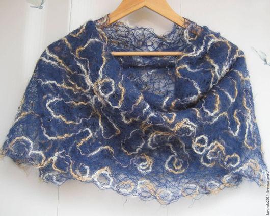 Шали, палантины ручной работы. Ярмарка Мастеров - ручная работа. Купить Шарф-палантин ажурный Синяя Нежность, crazy wool. Handmade.