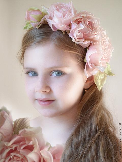 цветы из шелка, шелковые розы.розовые розы, ободок для девочки с розами, веночек с розами, обруч для волос с цветами, обруч для волос с розами, заколка для волос цветок, брошь  цветок из ткани, искусс