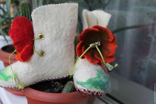 Обувь ручной работы. Ярмарка Мастеров - ручная работа. Купить Пинетки валяные-Аленький цветочек 3. Handmade. Белый