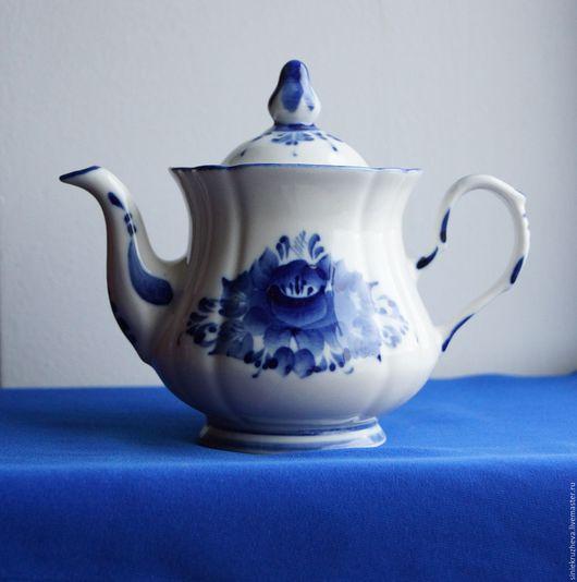 """Чайники, кофейники ручной работы. Ярмарка Мастеров - ручная работа. Купить Чайник заварной """" Уют"""", гжель, авторская роспись. Handmade."""