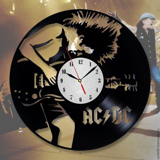 """Часы для дома ручной работы. Ярмарка Мастеров - ручная работа. Купить Часы из пластинки """"ACDC"""". Handmade. Комбинированный, часы настенные"""