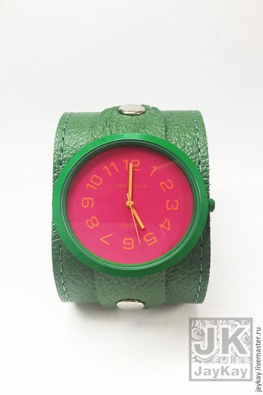 """Часы ручной работы. Ярмарка Мастеров - ручная работа. Купить Часы наручные JK """"Фуксия"""" в зелоном в единственном экземпляре. Handmade."""