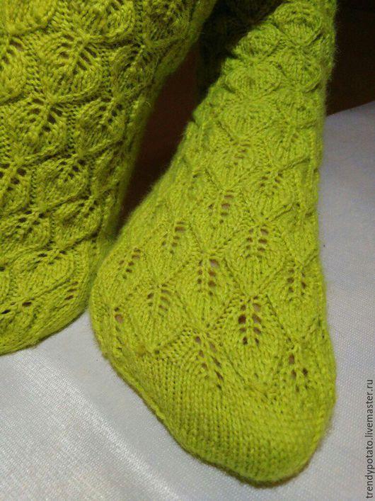 """Носки, Чулки ручной работы. Ярмарка Мастеров - ручная работа. Купить Шерстяные носки ручной работы """"Молодо-зелено"""". Handmade."""
