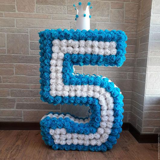 Праздничная атрибутика ручной работы. Ярмарка Мастеров - ручная работа. Купить Объемная цифра (70 см) из круглых цветочков. Handmade.