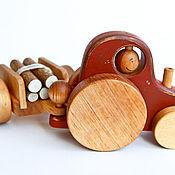 Куклы и игрушки ручной работы. Ярмарка Мастеров - ручная работа Трактор с бревнами - деревянная машинка. Handmade.