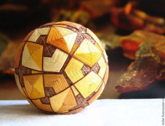 """Темари ручной работы. Ярмарка Мастеров - ручная работа. Купить Темари """"Янтарь"""". Handmade. Шар, сувенир, желтый, желто-коричневый"""