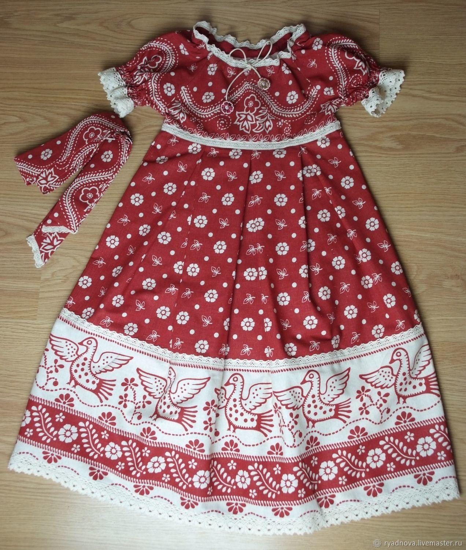 Стеганое пальто и льняное платье на девочку
