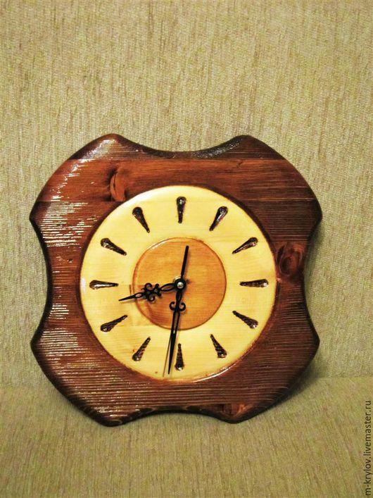 Часы для дома ручной работы. Ярмарка Мастеров - ручная работа. Купить Часы деревянные Брашированные.. Handmade. Коричневый, уют