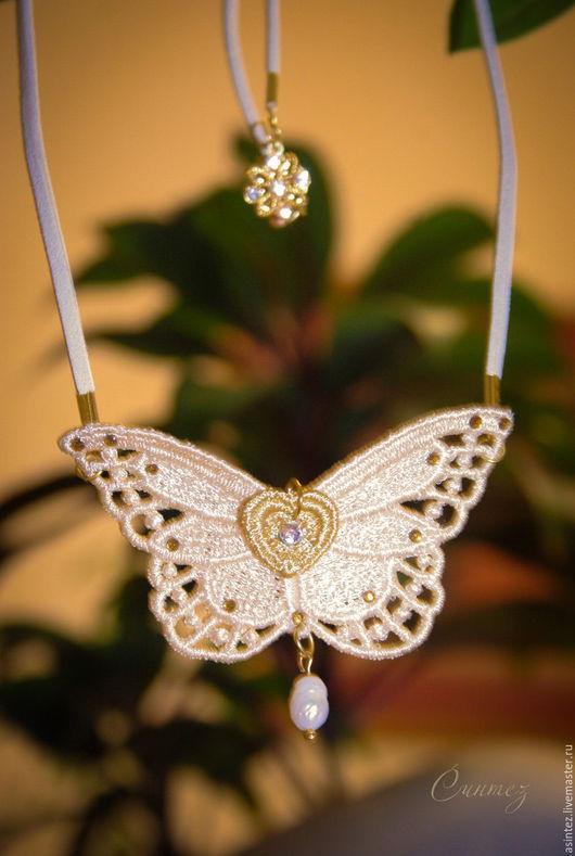 украшение `Эффект бабочки` с натуральным речным жемчугом