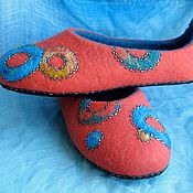 """Обувь ручной работы. Ярмарка Мастеров - ручная работа Тапочки валяные """"Цветное настроение"""". Handmade."""