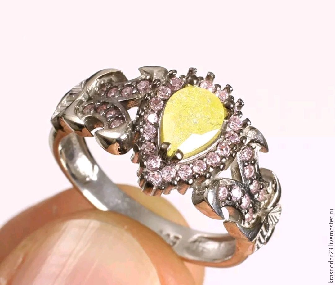 ring of silver 925 with Topaz, and kunzite