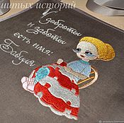 Подарки ручной работы. Ярмарка Мастеров - ручная работа Подарок бабушке на день рождения Фартук из льна с вышивкой Для бабушки. Handmade.