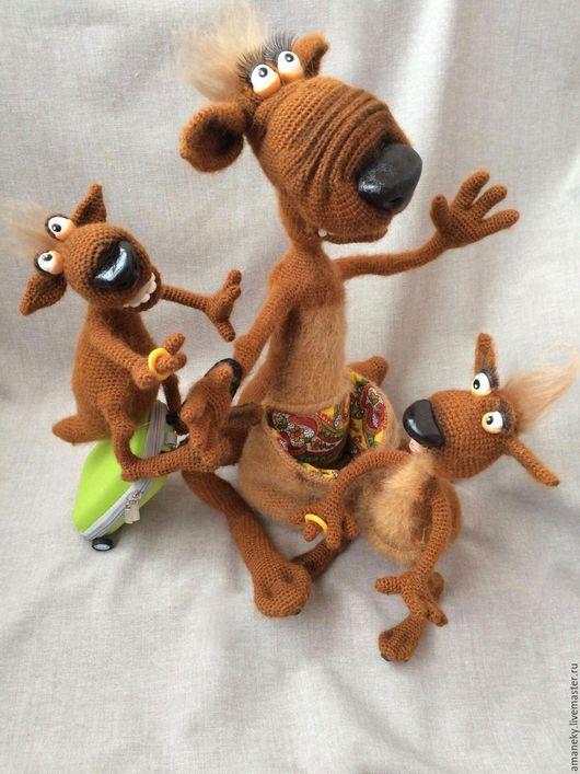 Игрушки животные, ручной работы. Ярмарка Мастеров - ручная работа. Купить Веселая Семейка. Handmade. Кенгуру, вязаная игрушка, сувенир