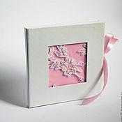 """Сувениры и подарки ручной работы. Ярмарка Мастеров - ручная работа Футляр для CD/DVD дисков """"кружево"""" розовый. Handmade."""