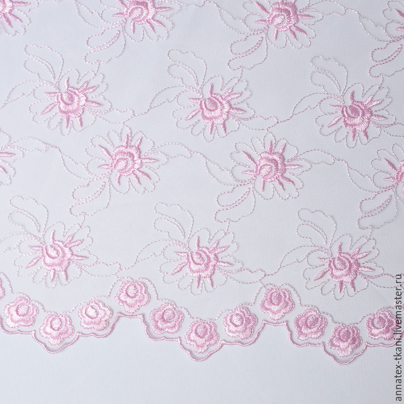 Вышивка на сетке - цвет розовый