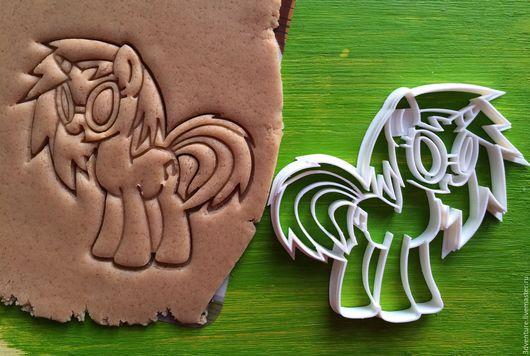 Кухня ручной работы. Ярмарка Мастеров - ручная работа. Купить Форма для печенья Мой маленький пони DJ Pon 3. Handmade.