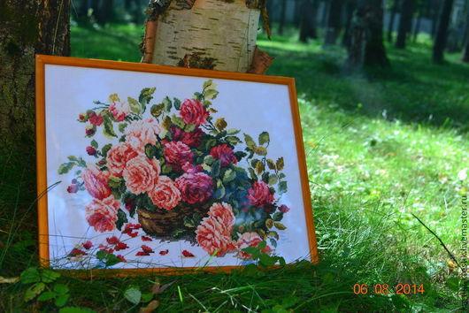 Картины цветов ручной работы. Ярмарка Мастеров - ручная работа. Купить Королевские розы. Handmade. Вышивка крестом, подарок девушке