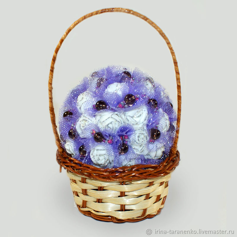 Flower basket with smoky quartz