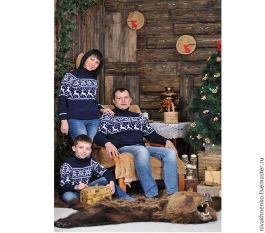 Кофты и свитера ручной работы. Ярмарка Мастеров - ручная работа. Купить Свитера Снежный олень с норвежским орнаментом.Семейный комплект. Handmade.
