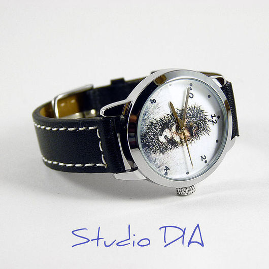 Оригинальные Дизайнерские Часы В Тумане С Сумочкой. Студия Дизайнерских Часов и Кулонов DIA.
