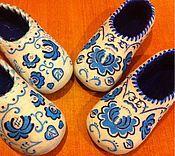 """Обувь ручной работы. Ярмарка Мастеров - ручная работа Тапочки валяные """"Гжель"""" женские. Handmade."""