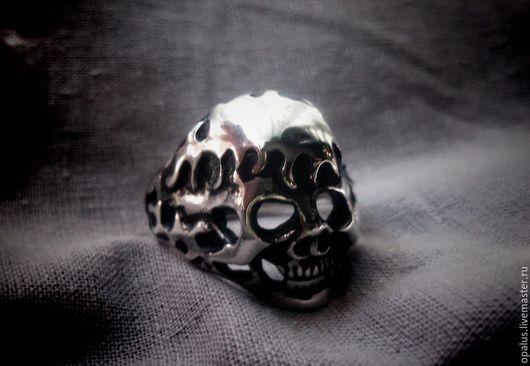 """Украшения для мужчин, ручной работы. Ярмарка Мастеров - ручная работа. Купить Кольцо """"Череп №9"""". Handmade. Кольцо из серебра"""