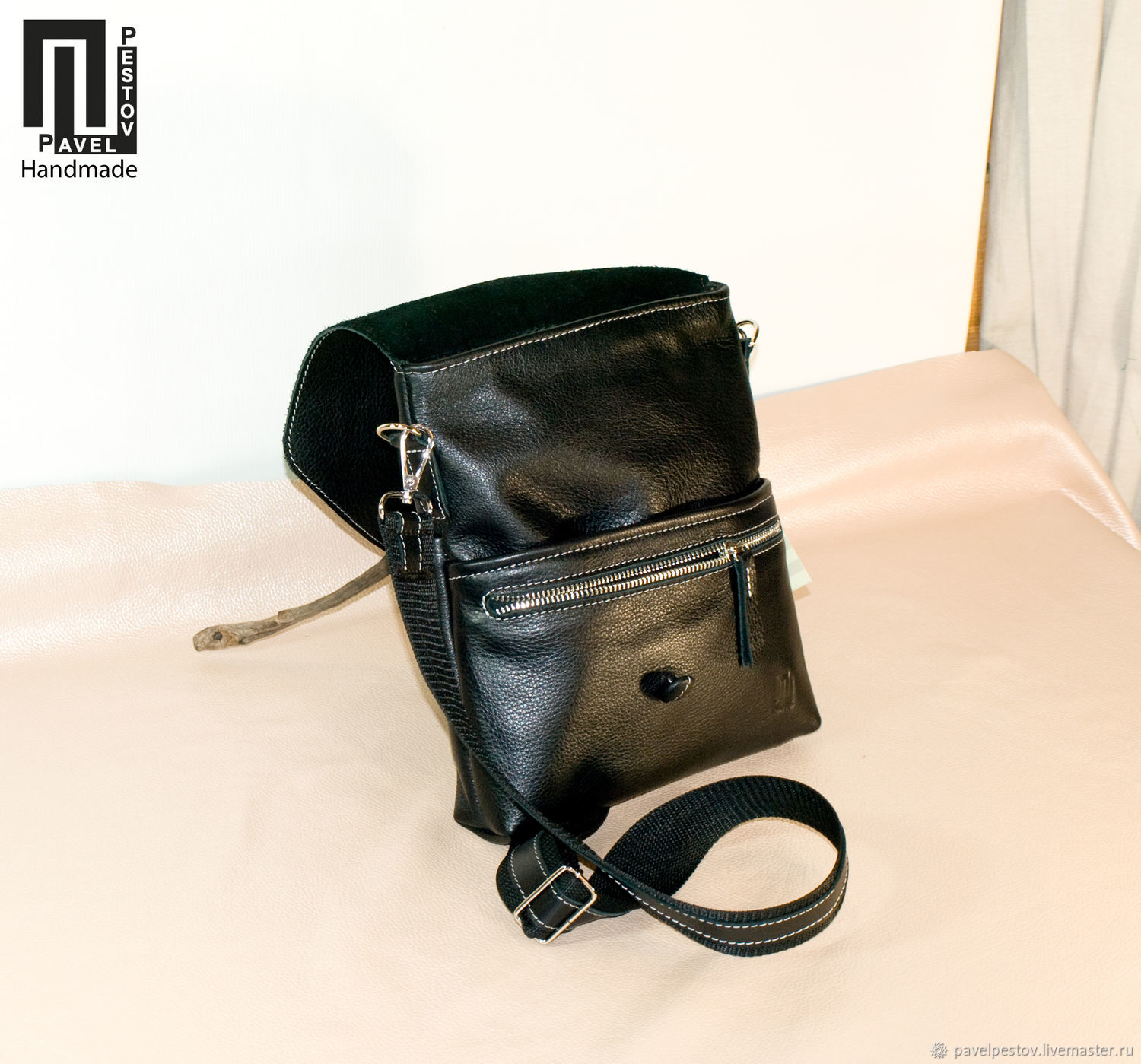 3d8c9ba8bc1b Pavel Pestov Men s Bags handmade. Order Men s shoulder bag Black (envelope )-2.