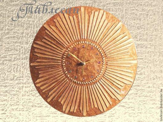 """Часы для дома ручной работы. Ярмарка Мастеров - ручная работа. Купить Часы настенные """"Золотое солнце"""" круглые в гостиную, спальню. Handmade."""