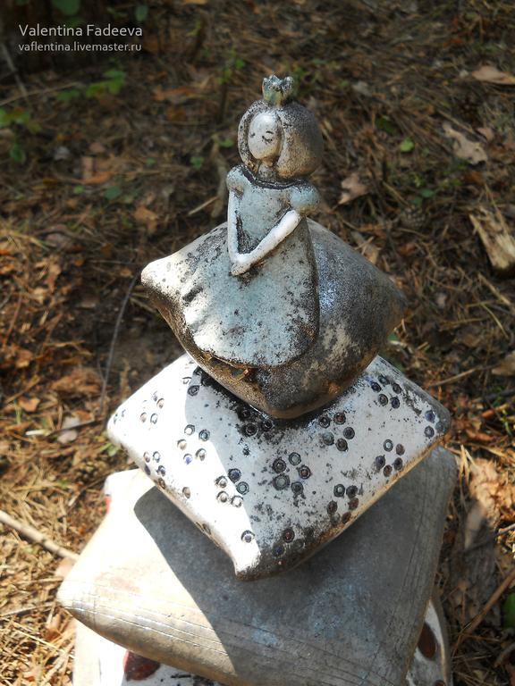 """Вазы ручной работы. Ярмарка Мастеров - ручная работа. Купить """"Принцесса на горошине"""". Handmade. Керамика, горошек, ночь, обжиг раку"""