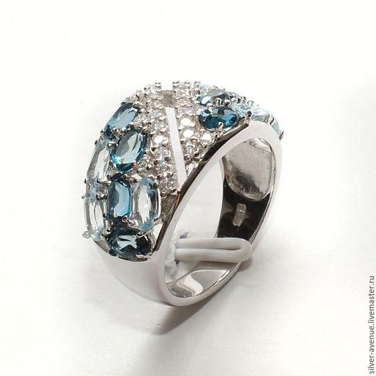 Кольцо ручной работы с натуральными топазами и сапфирами, серебро 925