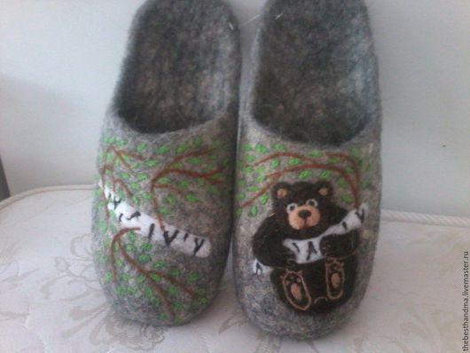 """Обувь ручной работы. Ярмарка Мастеров - ручная работа. Купить Тапочки валяные """" Мишка"""". Handmade. Серый, тапочки"""