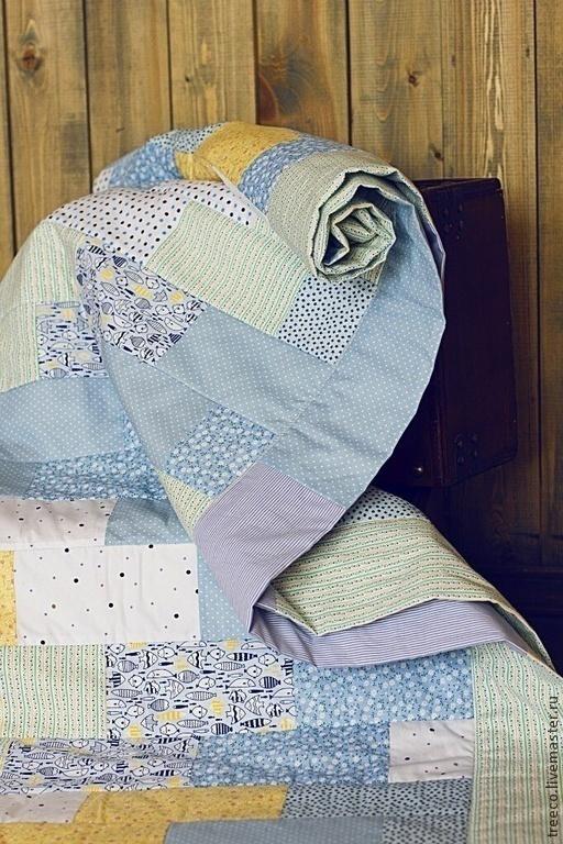 Пледы и одеяла ручной работы. Ярмарка Мастеров - ручная работа. Купить Детское лоскутное одеяло. Handmade. Голубой, детское одеяло