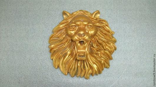 Панно лев Золотой свет для декора интерьера, фасада, двери. Скульптурный рельеф Морда Льва на стену для квартиры и загородного дома.