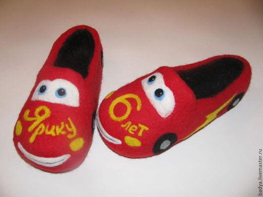 """Обувь ручной работы. Ярмарка Мастеров - ручная работа. Купить Тапочки валяные """"Молния Макквин"""". Handmade. Ярко-красный"""