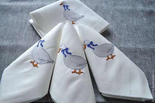 Текстиль, ковры ручной работы. Ярмарка Мастеров - ручная работа. Купить Салфетка на стол(вышивка чешские гуси). Handmade. Белый
