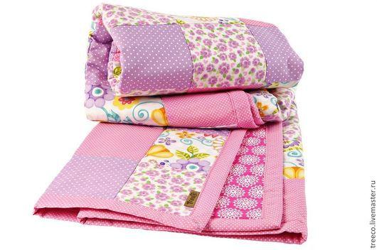 Пледы и одеяла ручной работы. Ярмарка Мастеров - ручная работа. Купить Детское лоскутное одеяло/покрывало. Handmade. Сиреневый, детское покрывало