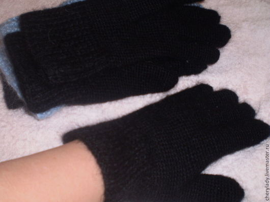 Варежки, митенки, перчатки ручной работы. Ярмарка Мастеров - ручная работа. Купить перчатки с козьим пухом. Handmade. Черный
