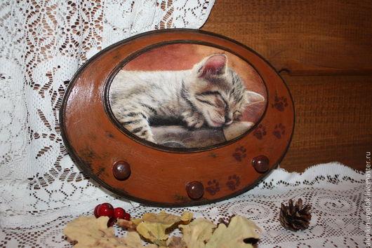"""Прихожая ручной работы. Ярмарка Мастеров - ручная работа. Купить Вешалка-ключница """"Дом там, где есть кот-)))"""". Handmade."""