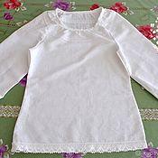Блузки ручной работы. Ярмарка Мастеров - ручная работа Льняная блузка-рубашка белая с кружевом. Handmade.