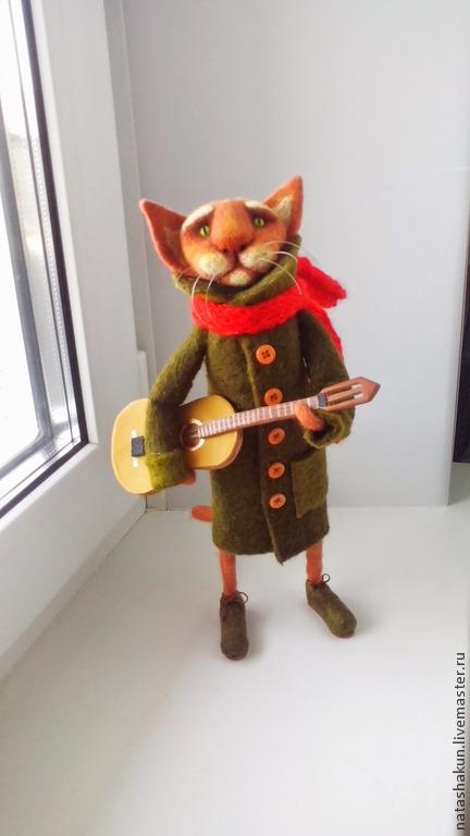 """Игрушки животные, ручной работы. Ярмарка Мастеров - ручная работа. Купить Интерьерная игрушка """"Кот гитарист"""", оригинальный подарок. Handmade."""