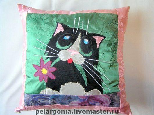 """Текстиль, ковры ручной работы. Ярмарка Мастеров - ручная работа. Купить Подушка """"Кот-I'm sorry!""""(аппликация, черный кот,детская игрушка). Handmade."""
