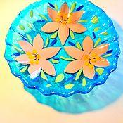 Посуда handmade. Livemaster - original item Plate decorative in the technique of fusing Lilies. Handmade.