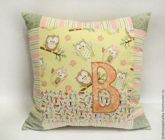 Детская ручной работы. Ярмарка Мастеров - ручная работа. Купить Именная детская подушка игрушка с буквой имени Подарок девочке. Handmade.