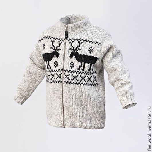 Одежда унисекс ручной работы. Ярмарка Мастеров - ручная работа. Купить Детский свитер с оленями из 100% новозеландской шерсти. Handmade.