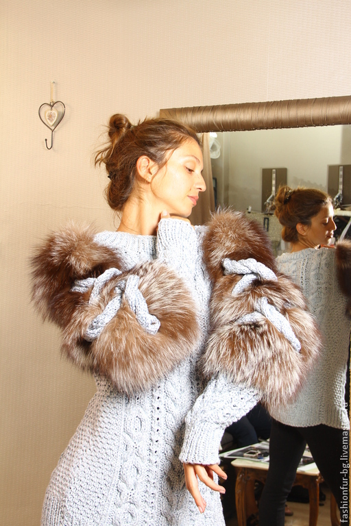 Кофты и свитера ручной работы. Ярмарка Мастеров - ручная работа. Купить пуловер небесная ласточка. Handmade. Голубой, мех натуральный