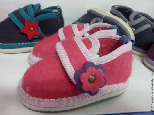 Обувь ручной работы. Ярмарка Мастеров - ручная работа. Купить Детские пинетки из войлока. Handmade. Ярко-красный, пинетки